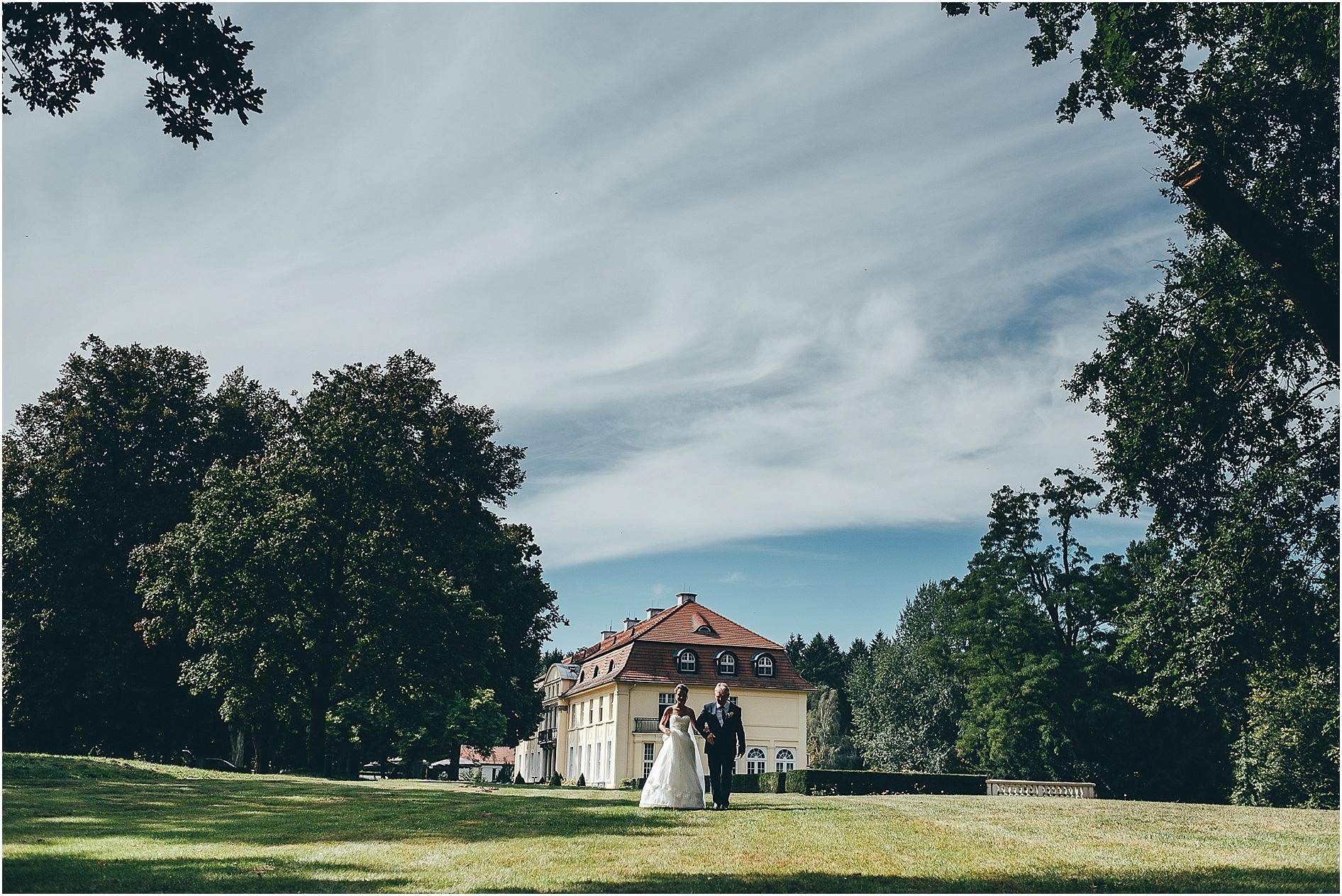 2017-01-17_0028 Sarah & Basti - Hochzeit auf Schloss Hasenwinkel